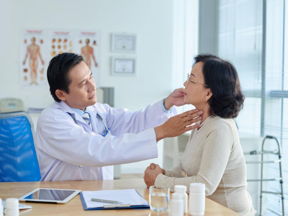 有甲狀腺結節怎麼辦?症狀、治療方法有哪些?