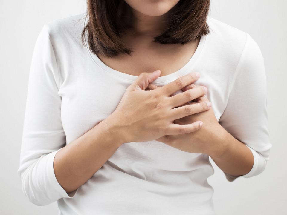 摸到乳房硬塊是乳癌嗎?名醫教你如何辨別與檢查!