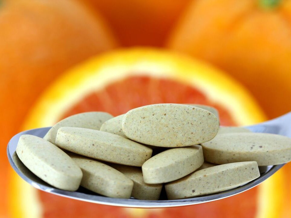 維生素C過量竟導致腎結石?這些飲食習慣要當心!
