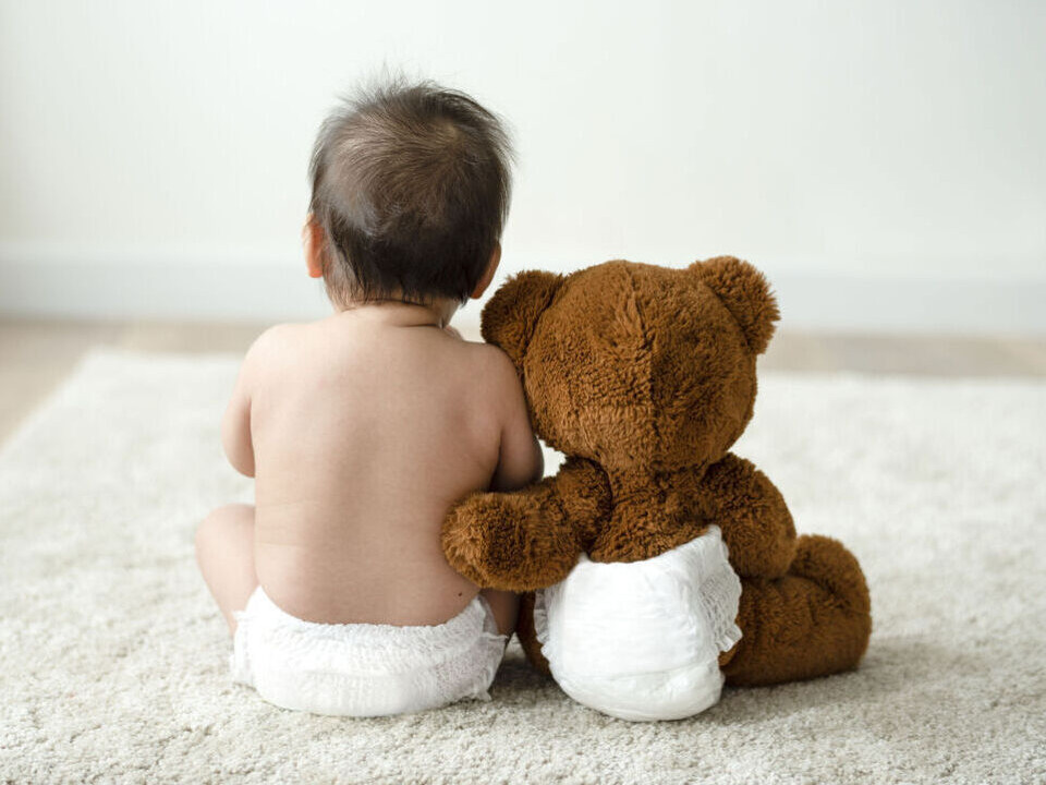 寶寶頭髮缺一塊是禿頭嗎?嬰兒頭髮出現一條姑路怎麼辦?