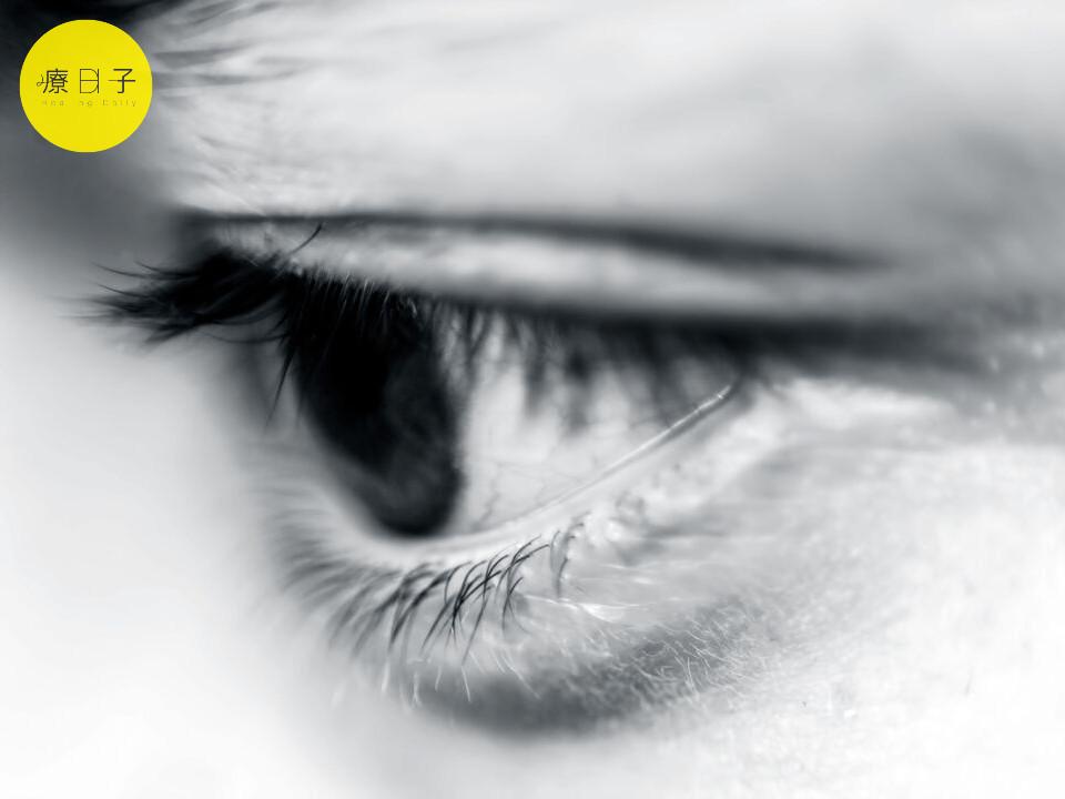 眼中風症狀