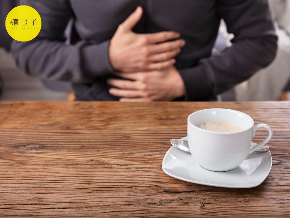 喝咖啡胃酸